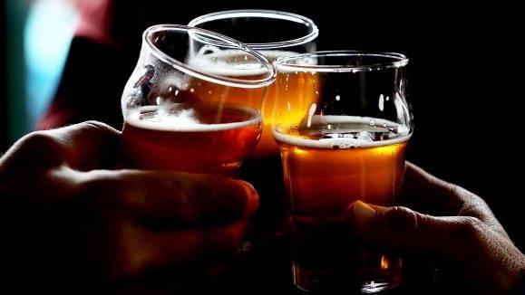 Most akkor lehet sörrel koccintani, vagy nem?