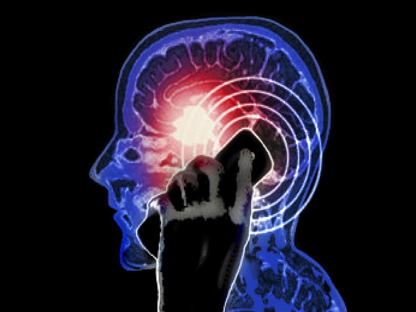 Agydaganat-mobilozastol(1024x768).png (agydaganat, rák, sugárzás, mobil, telefon, )