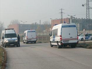 Rendőrség a székesfehérvári Lidlnél (rendőrség, bolkád, lidl)