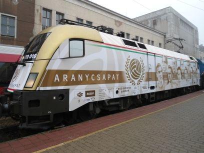 Aranycsapat mozdonya (aranycsapat, győr, mozdony)