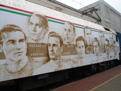 Aranycsapat vonata Győrben (aranycsapat, győr, mozdony)