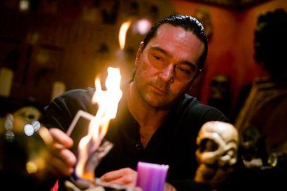 Celebek sorsát jósolják a mágusok (Frabato, Loui Padre, mágus, jósolás)