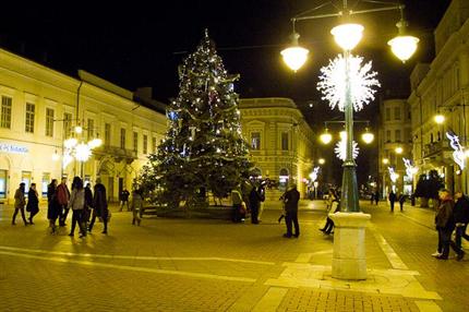 Karacsonyi-vasar-Szegeden(1)(430x286).png (szeged, klauzál tér, karácsonyi vásár, )