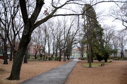 Eotvos-park(430x286).png (Eötvös-park)