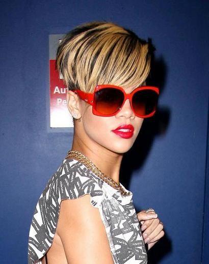 Rihanna melírozott haja (rihanna, )