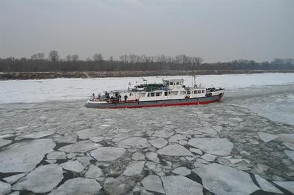 Szechenyi-jegtoro(2)(430x286).png (Széchenyi jégtörő)