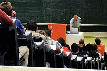 egyetem (egyetem, )