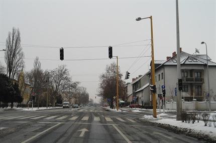 jelzolampa-Gyor(430x286).png (jelzőlámpa Győr)