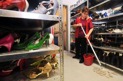 takarító (takarító, takarít, üzlet, cipő, )