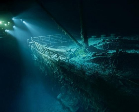 Titanic kívülről (titanic, )