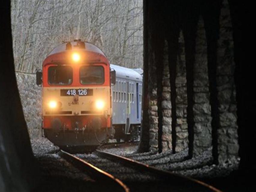 Vonat(1)(1024x768).png (vonat)