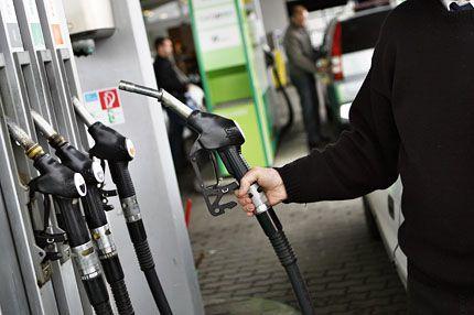 benzinkút (benzinkút, )