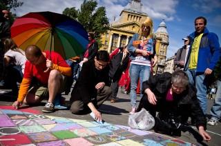 Az Amnesty International flashmobja ()