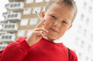 cigi-gyerek (dohányzás, tini, )