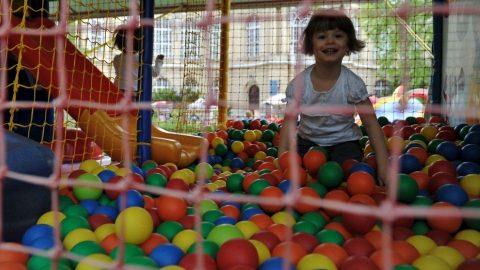 gyereknap (gyereknap, játszóház, )