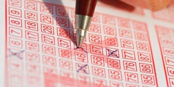 Lottó (lottósorsolás, )