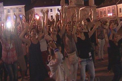 Flashmob-Tancfesztival(1)(430x286).jpg (Flashmob Táncfesztivál)