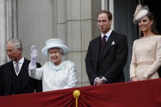 II_Erzsébet (II. Erzsébet, Károly herceg, Vilmos, Katalin)