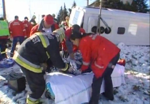baleset (baleset, mentő)