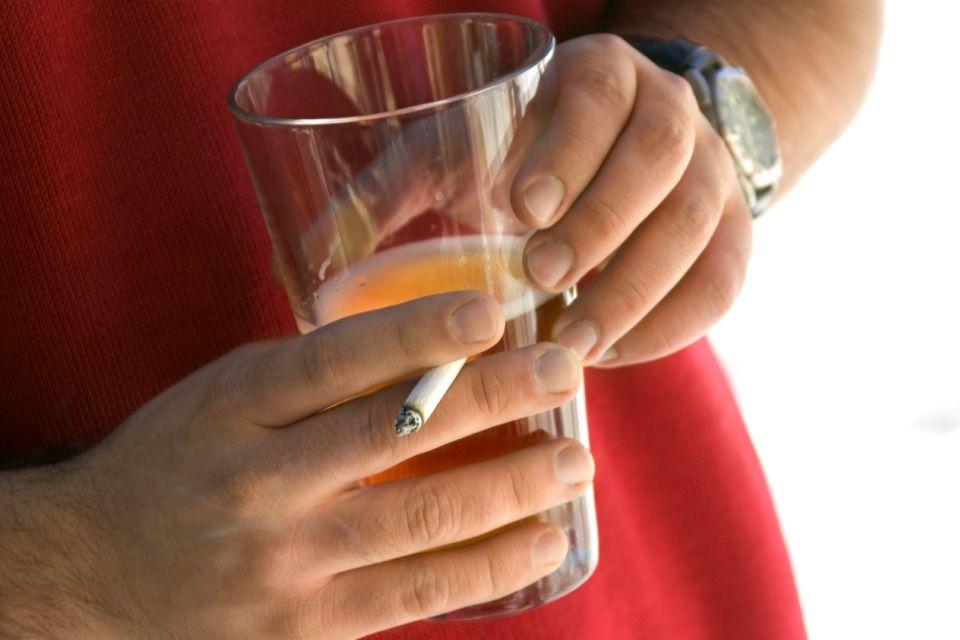 cigi-sör (cigaretta, sör)