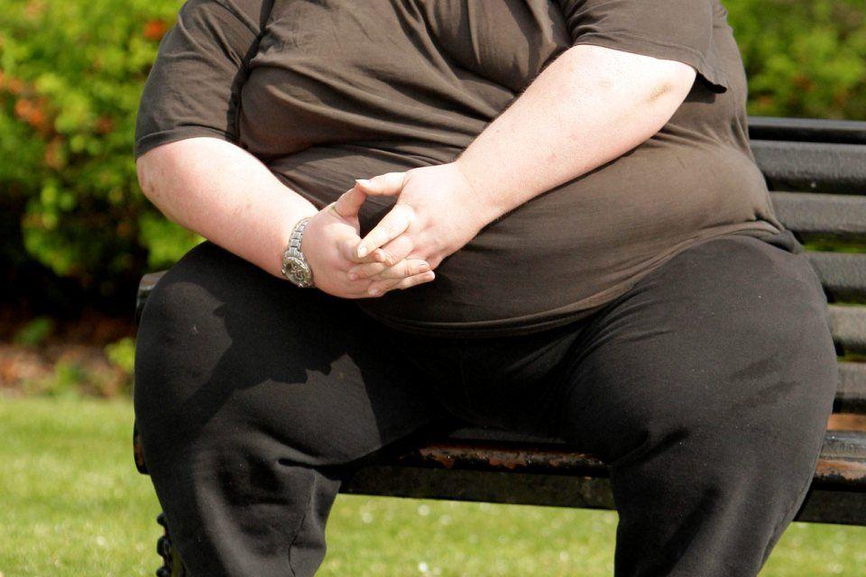 kövér-férfi (kövér férfi)