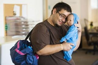 norbi és a csecsemőszimulátor (csecsemőszimulátor, baba, gyerek, bébi, )