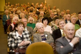 nyugdíjasok (nyugdíj, nyugdíjasok konferenciája)