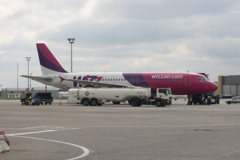 wizz-air (wizz air, )