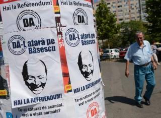 Basescu leváltás (traian basescu, )