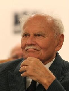 Göncz Árpád  (Göncz Árpád )
