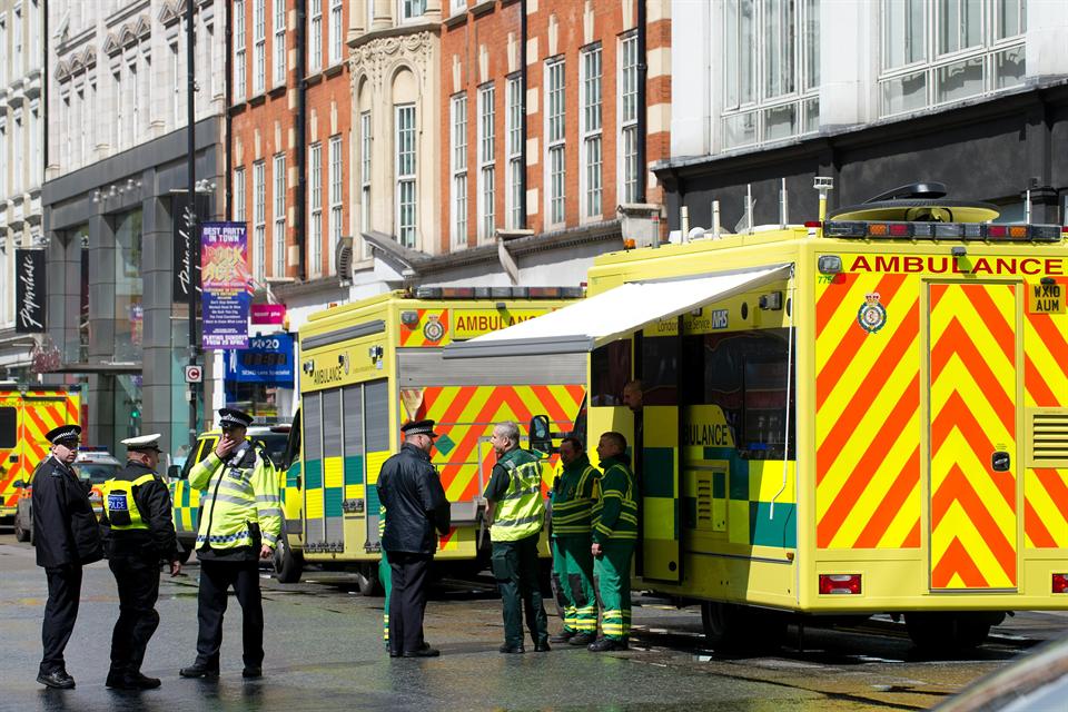 London-rendorseg(960x640).png (london, rendőrség, )