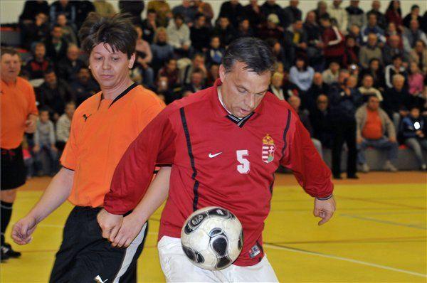 Orbán Viktor (Orbán Viktor, foci, )
