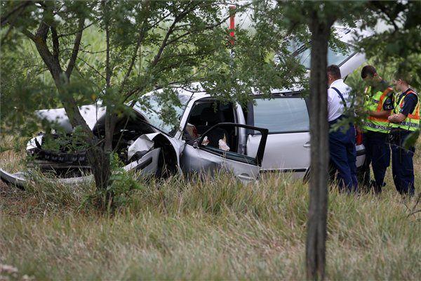 baleset (baleset, halálos, közlekedés, rajka, karambol)