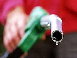 benzinár (benzinárak, )