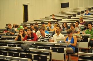 egyetem-corvinus (felsőoktatás, )
