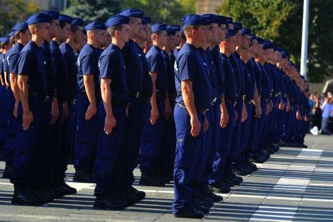 készenléti rendőrség (készenléti rendőrség)