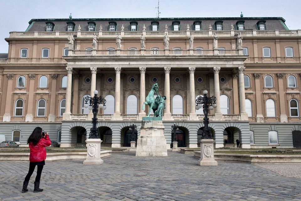 magyar nemzeti galéria (magyar nemzeti galéria, )