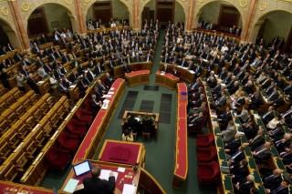 országgyűlés(i) (parlament, )