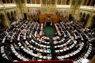 parlament (parlament, ülésterem, TNOR)