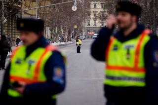 rendőrség (rendőr, TNOR)
