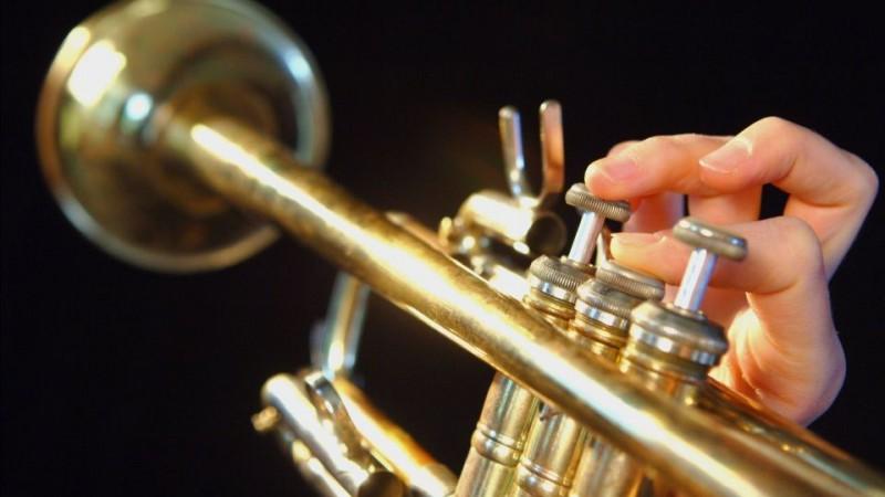 trombita (trombita, )