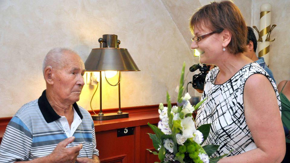 100 éves bácsi, szeged (100 éves bácsi, szeged)
