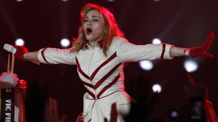 Madonna (madonna, szentpétervár, )