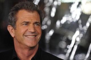 Mel Gibson (mel gibson, )