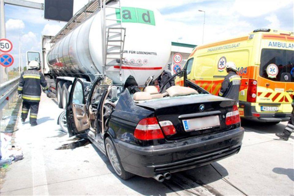 baleset-m5 (ingyenes, )