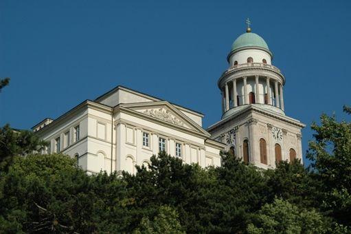 pannonhalmi aptáság, bazilika (pannonhalmi aptáság, bazilika)