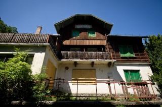 Turistahaz-a-Lajos-forrasnal(3)(210x140)(1).jpg (turistaház, lajos-forrás)