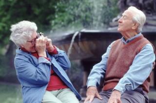 idősek (idős pár, )