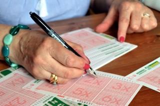 lottó (ingyenes, )
