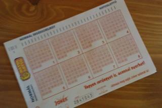 lottó (lottó nyeremény, )